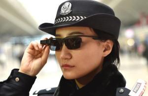 China-Brille-Polizei-Polzisten-gesichtserkennung
