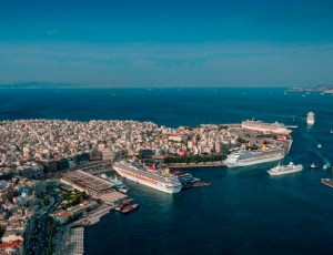 Griechenland-Piräus-Hafen-offiziell