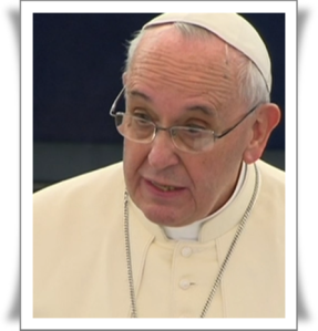 Papst-Franziskus1-amPultredend-gucktinsPlenum-AUSCHNITT-mitRahmen20141125