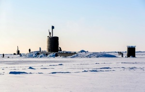 Großbritannien - Armee Navy Arktis Klima Uboot durch Eis